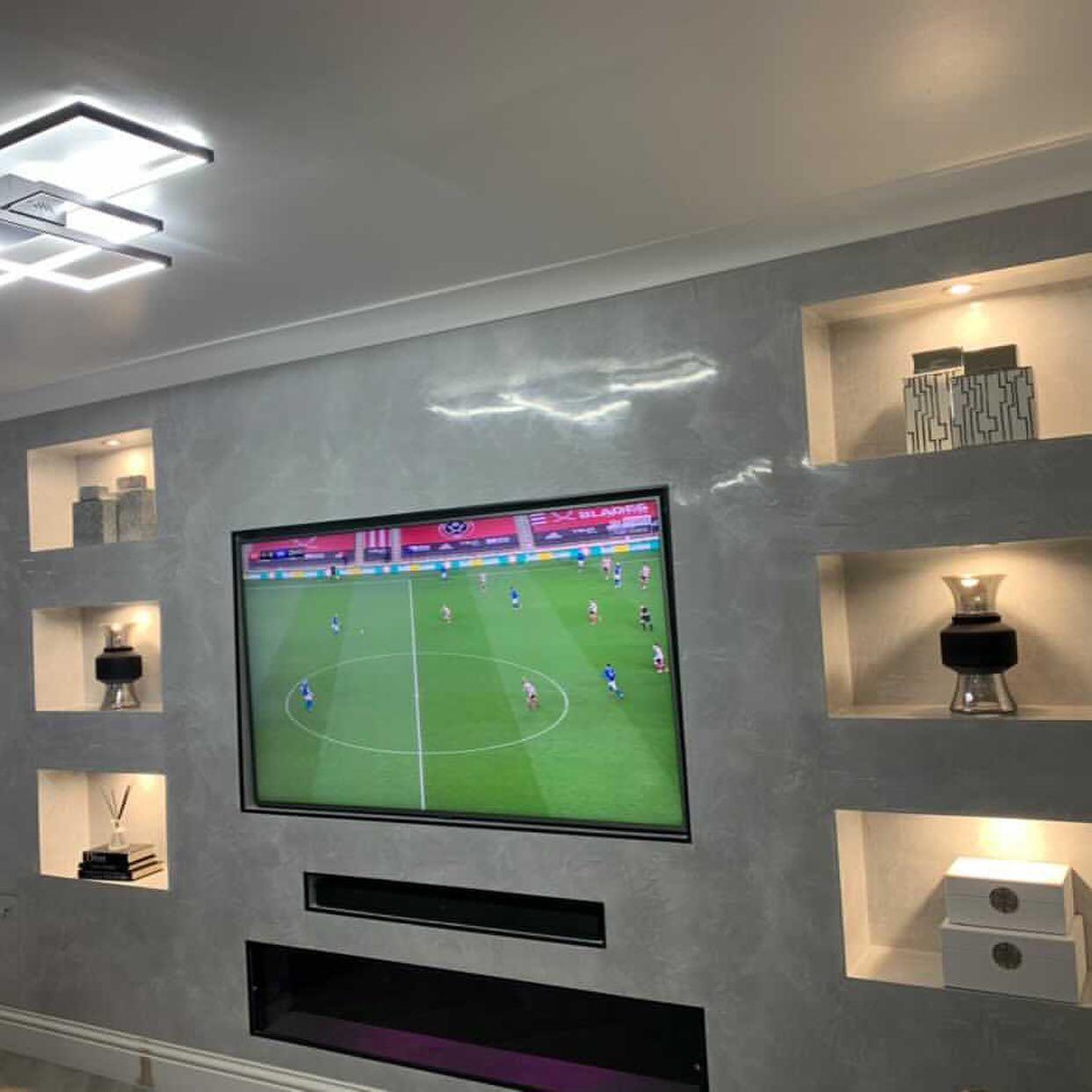 Kmac Venetian Plasterers - Venetian Plastering luxury TV feature wall - Scotland